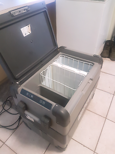 Waeco dz65l fridge/freezer Wanneroo Wanneroo Area Preview