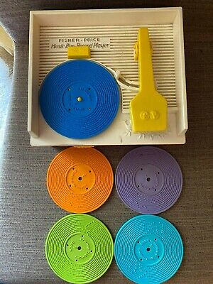 VINTAGE 1971 FISHER PRICE MUSIC BOX RECORD PLAYER, RECORD
