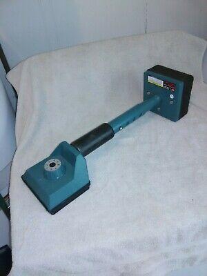 Finch And Mclay Floor Deluxe Knee Kicker Carpet Installer Item 47337