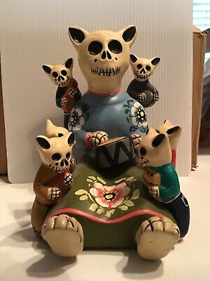 *day Of The Dead* Story Teller. Mamma Cat With 6 Kittens. Hand Painted.