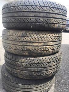 205/60R15 Général pneus d'été 100$