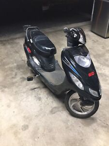 Gio Ebike Brand New Batteries  *Needs Charger*