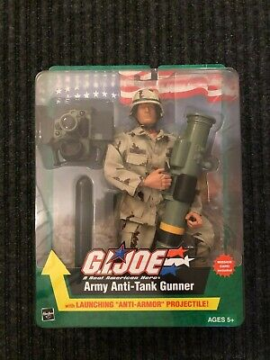 "G.I. Joe Army - Anti-Tank Gunner - Launching ""Anti-Armour"" Projectiles - **NIP**"