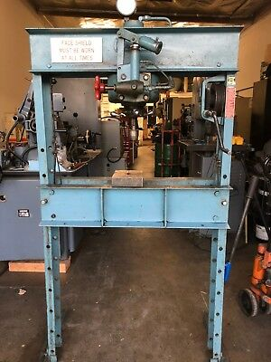 Dake 25h Hand Operated 25 Ton Hydraulic H-frame Press