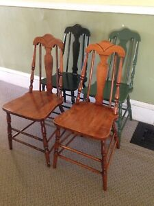 Set Of 4 Antique 1940's Chairs, Sturdy And Tight
