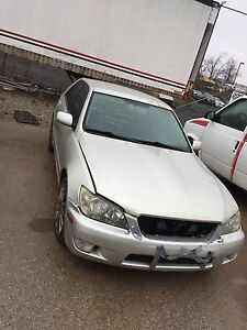 Parting out a 2002 LEXUS is300