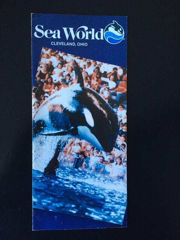 1987 Sea World in Cleveland, Ohio Brochure
