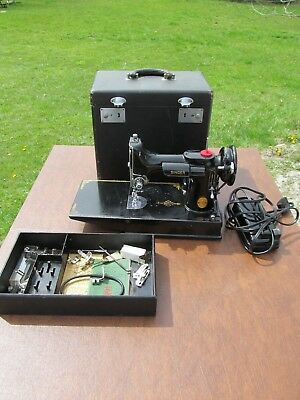 Singer Featherweight Sewing Machine w/ Accessories Manual & Case 1947 221-1 NR!