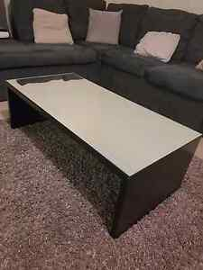 Glass top coffee table North Richmond Hawkesbury Area Preview