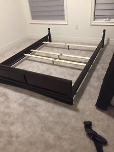 Queen size bed frame with box spring and beauty rest mattress