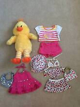 Build a bear chicken and 3 outfits Endeavour Hills Casey Area Preview