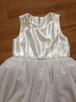 Flower girl dress size 8-10 Newcastle 2300 Newcastle Area Preview