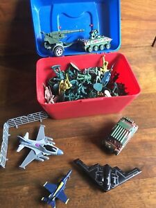 Assorted army men and vehicles