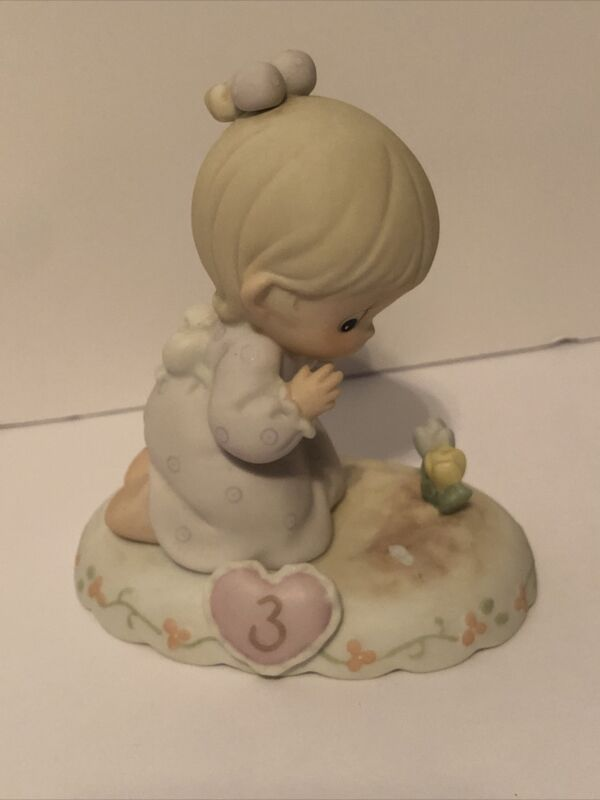 Precious Moments Growing in Grace Age 3 Girl Figurine 136220 with box
