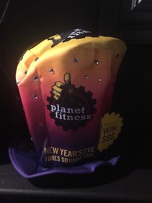 2019 Planet Fitness Times Square New Years Eve Hat York Celebration NY NYE