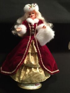 Holiday Barbie 1996