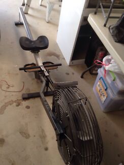 Rowing machine - give away Gumeracha Adelaide Hills Preview