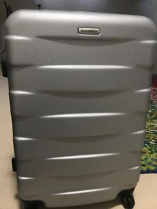 Samsonite spinner medium for sale