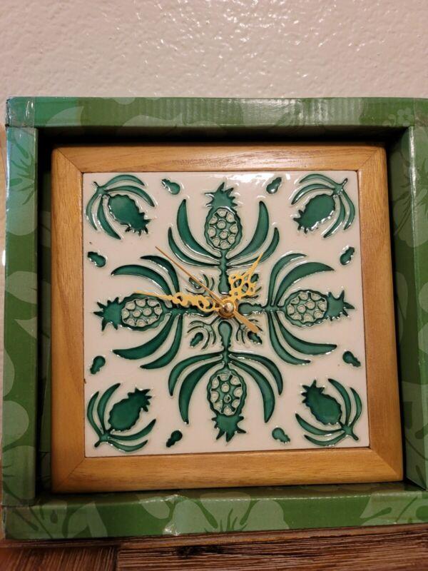 Hawaiian Native Treasures Pineapple Quilt Ceramic Tile Wooden Clock Hawaii Gift