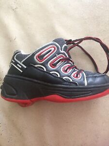 Roller shoes/ kids size 12