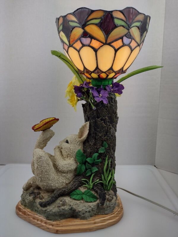 Tiffany Style Shade w/ a Rabbit/Bunny playing with  butterfly Night Light Lamp