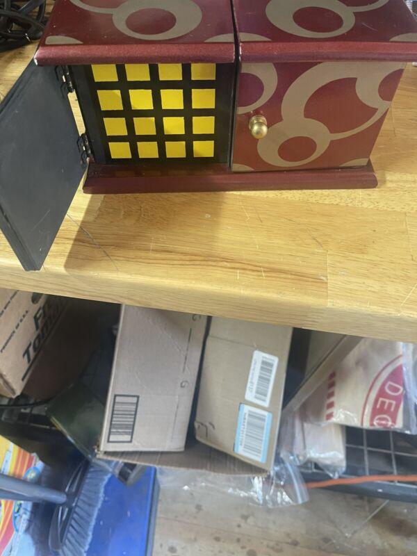 Sucker DIE BOX Rubiks Cube Deluxe Kids Birthday Party Die Vanish Reappear