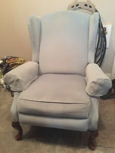 Reclining Sitting Chair