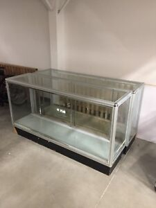 6' glass display case, showcase
