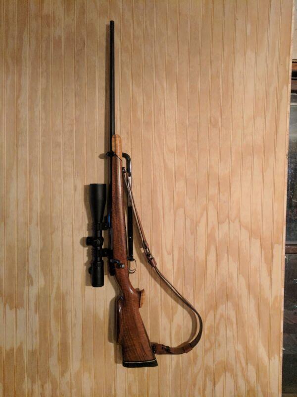 Vertical gun rack Right Hand
