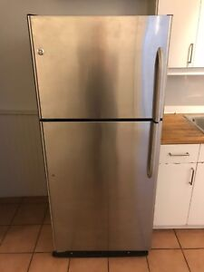 Fridge stove oven microwave -  get it all for $300