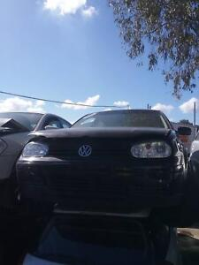NOW WREAKING VOLKSWAGEN GOLF BLACK COLOR ALL PARTS 1991-99 Dandenong South Greater Dandenong Preview