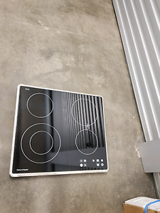 Fischer and Paykel 60cm Ceramic electric cooktop New Westminster Stirling Area Preview