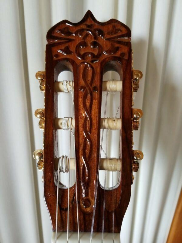 Hondo # H-330C Cedar and Rosewood 6 String Classical guitar Korean