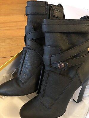 Womans FENDI Black Leather Boots Size 40