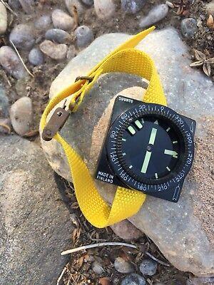 Vintage Divers Compass Suunto Finland Scuba Diving Underwater Wrist Excellent