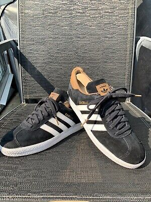 Vintage Adidas Gazelle Black/Brown UK 7