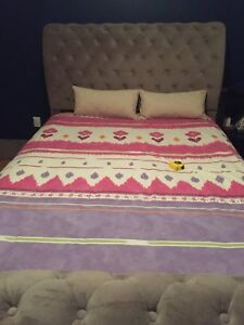 Queen size Sleigh style Bed
