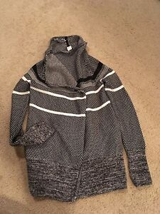 Ivivva Cardigan Size 8