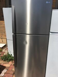 Free delivery.LG 407L fridge