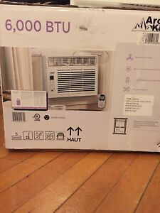 Selling air conditioner/dehumidifier