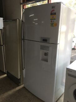 LG fridge /freezer 560L smart digital