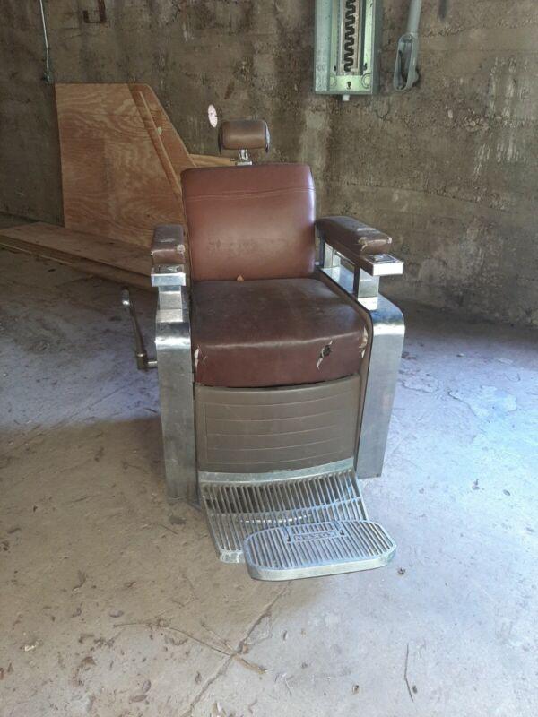 Koken Triumph Barber Chair
