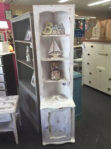 Corner bookshelf Bomaderry Nowra-Bomaderry Preview