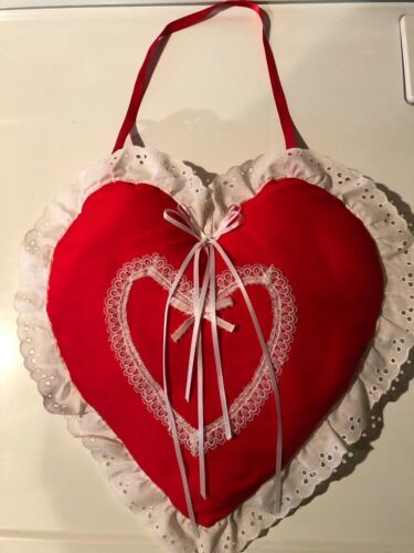 Heart-Valentine Pillow with hanger
