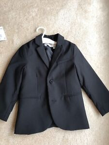 Boys H&M black suit size 3-4