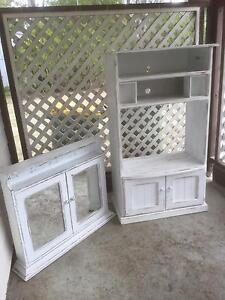 Tv cabinette and hanging medicine cabinette Thagoona Ipswich City Preview