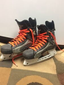CCM Hockey Skates Mens 5 1/2