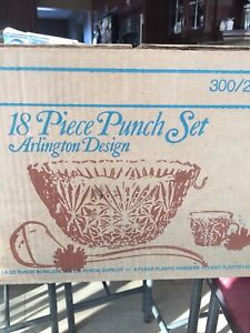 Punch Bowl set by Arlington circa 70's.
