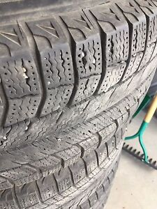 4 Michelin Tires with rims size 235 70 R16 * LOW PRICE *