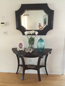 Bowring console table & mirror. Good as new. No scratches.